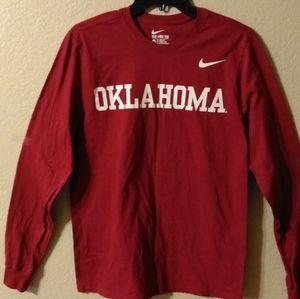 Oklahoma Sooners 🏈 Nike... L/S Shirt - Med. *NEW*